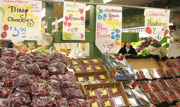 81-year-old Yakima Fruit Market in Bothell latest business in Sound Transit's path