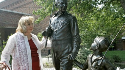 """FILE - In this Sept. 6, 2007 file photo, actor Betty Lynn, who played Thelma Lou on """"The Andy Griff..."""